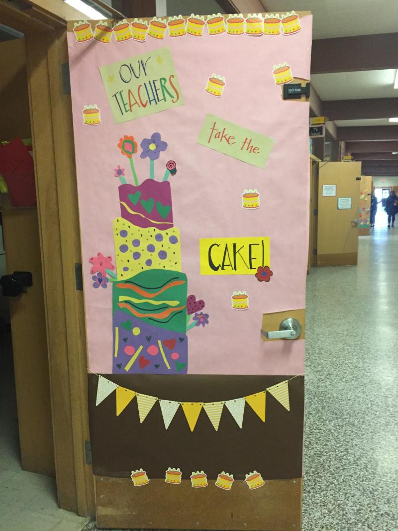 Cake door